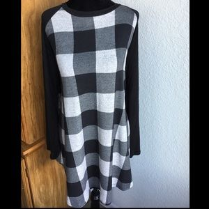 Buffalo Plaid Tunic Top w/ Matching Elbow Patches